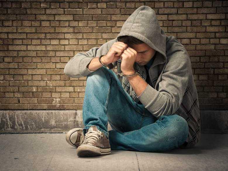 Wdychanie oparów a skłonności samobójcze u nastolatków