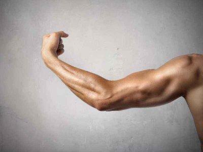 Ból mięśni po wysiłku sportowym – czego jest przyczyną i jak sobie z nim radzić?