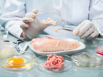 Czy spożywanie czerwonego mięsa zwiększa ryzyko zachorowania na raka piersi?