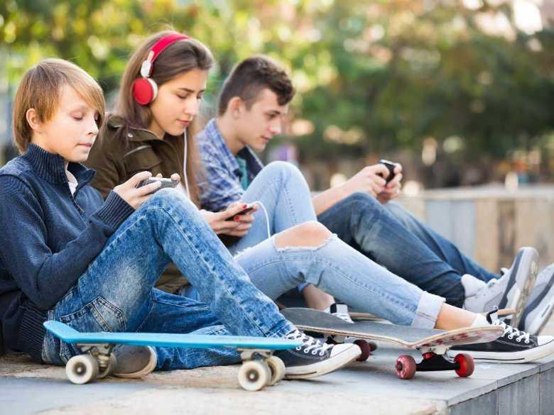 Nowotwory tarczycy – rosnące zagrożenie dla młodych ludzi