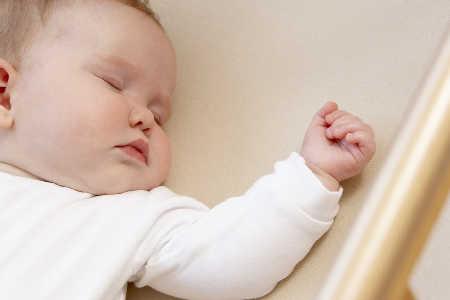 Mikroflora jelitowa u noworodka - co to jest?