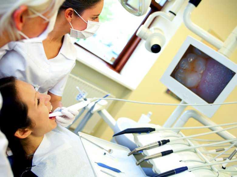 Szyny zębowe i nakładki na zęby