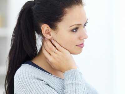 Rak pęcherzykowy tarczycy - objawy, diagnoza, leczenie