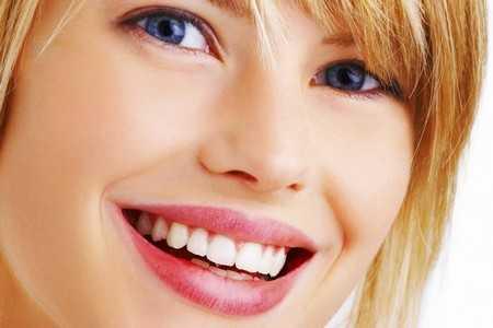 Piękny i biały uśmiech w 10 dni!