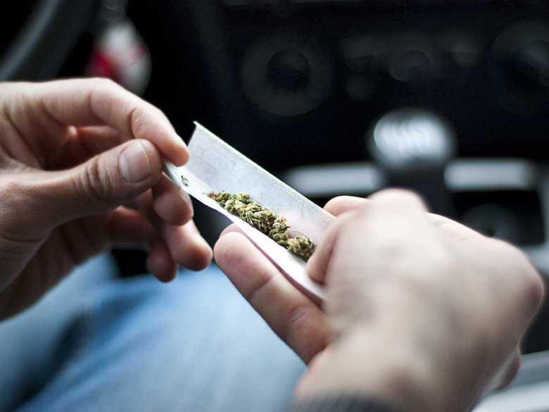 Porównanie skutków rzucenia palenia tytoniu i marihuany