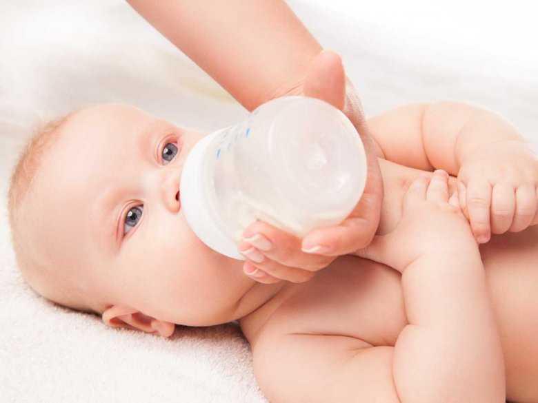 Żywienie zdrowych dzieci w pierwszym roku życia