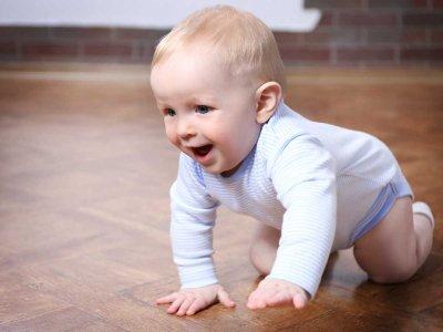 Woda czy soki? Płyny w diecie niemowlaka i dziecka