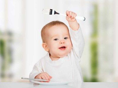 Skoki rozwojowe u niemowlaka i dziecka – czym są i kiedy występują?