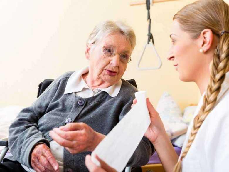 Opieka nad starszą osobą, choroba Alzheimera