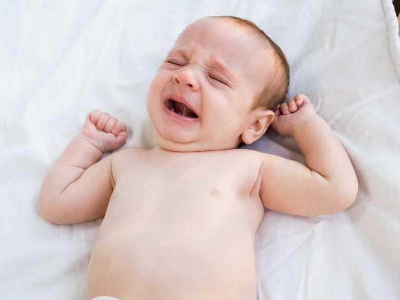 Kolki i biegunki u niemowlęcia – dowiedz się, co może być ich przyczyną