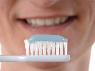 Jak prawidłowo szczotkować zęby