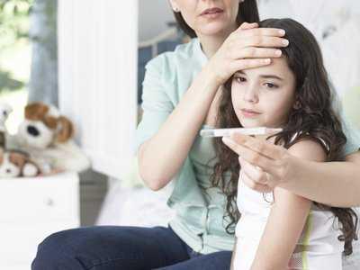 Krztusiec uciążliwą chorobą dzieci i dorosłych