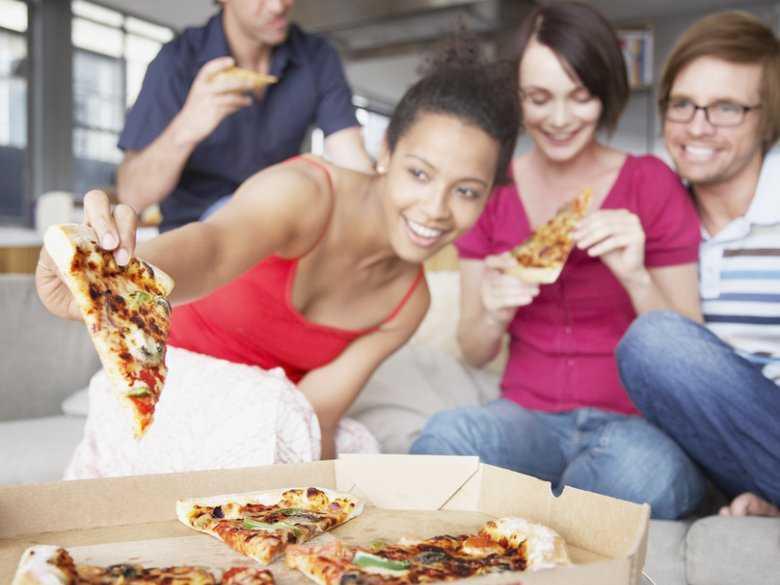 Spotkanie, pizza
