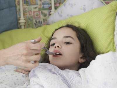 Drgawki gorączkowe u dziecka: zasady postępowania, profilaktyka
