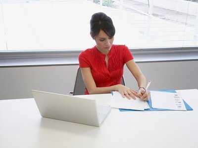 Pracoholiku – zadbaj o zbilansowaną dietę w pracy