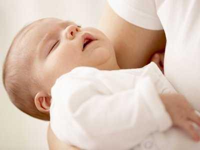 Uwaga na niebezpieczny świszczący oddech u dziecka!