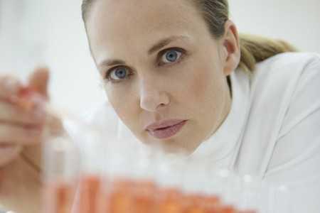Choroba Alzheimera – mechanizmy molekularne