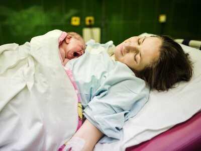 Wpływ porodu na rozwój mikrobioty jelitowej noworodka