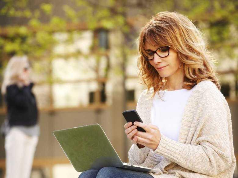 Jak zapobiegać depresji wywołanej użytkowaniem portali społecznościowych?