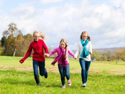Pierwsze objawy nowotworów u dzieci – spostrzeżenia rodziców