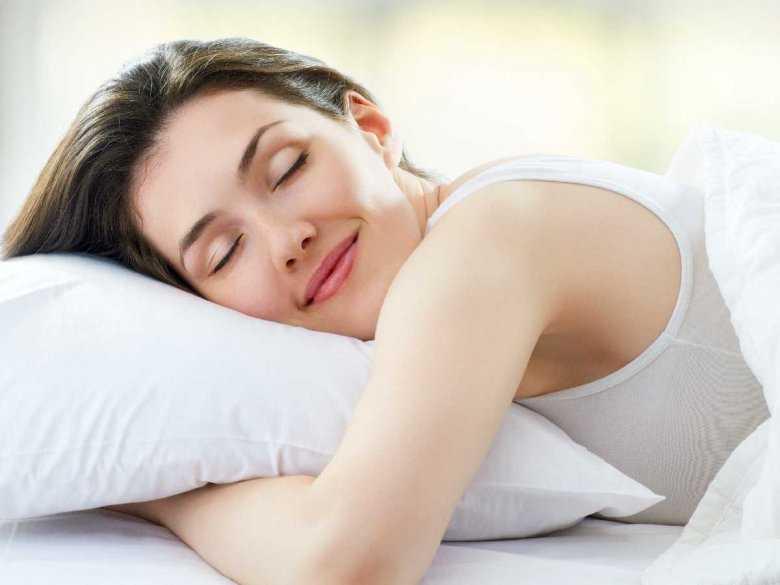 5 wskazówek, jak dbać o zęby przed snem