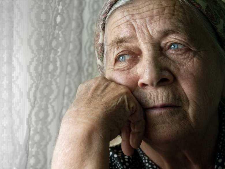 Apatia może być jednym z pierwszych objawów demencji