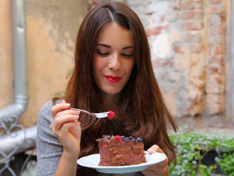 Kiedy jedzenie staje się chorobą – kompulsywne objadanie się