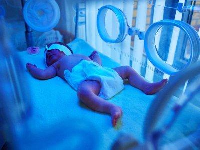 Wcześniactwo a śmiertelność: poznaj czynniki, które mogą zagrażać życiu Twojego dziecka