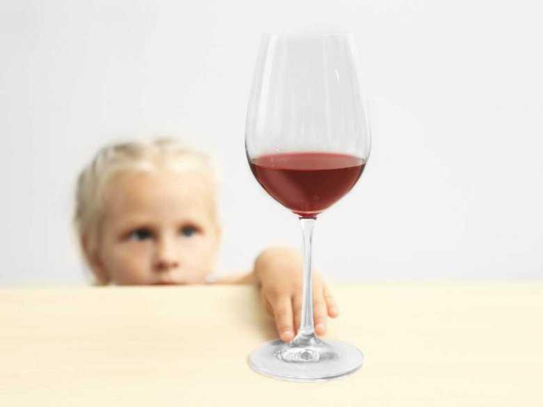 Próbowanie alkoholu przez amerykańskie dzieci