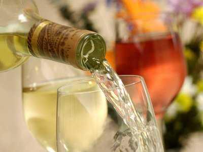 W jaki sposób alkohol może zwiększać ryzyko nowotworów?