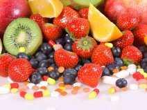 witaminy_owoce_tabletki_suplement_dieta_panthermedia_b65691035_cr