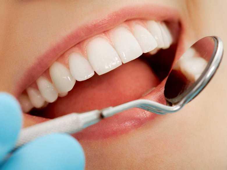 Brak zębów bądź liczne w nich ubytki mogą prowadzić do różnych chorób