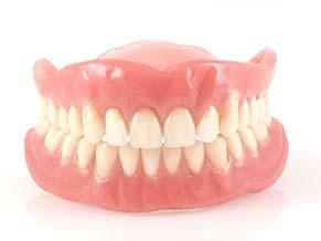 Wszystko o protezach zębowych