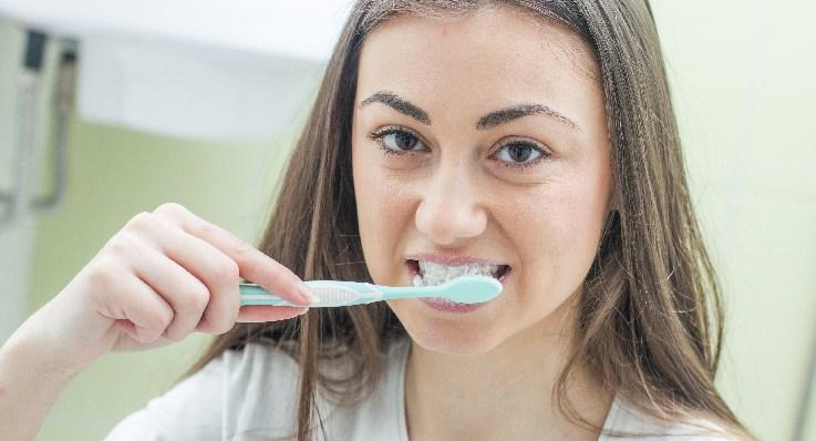 Afty w jamie ustnej