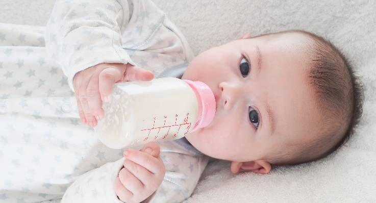 Ślinienie u niemowląt