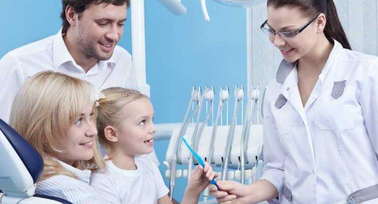 Niepokojące infekcje zęba u dziecka